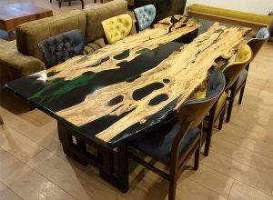 Manavgat Olive Epoxy Table